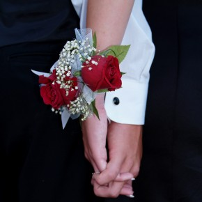 "IN Community Calls for ""Traditional"" Prom Banning Gay Students"