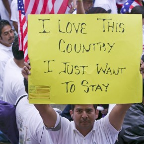 Thousands Rally on Capitol For Immigration Reform
