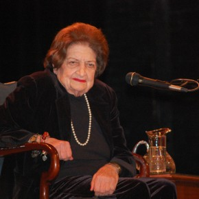 Groundbreaking Journalist, Helen Thomas, Dies at 92