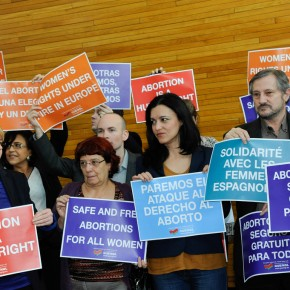 French National Assembly Passes Abortion Amendment Increasing Access