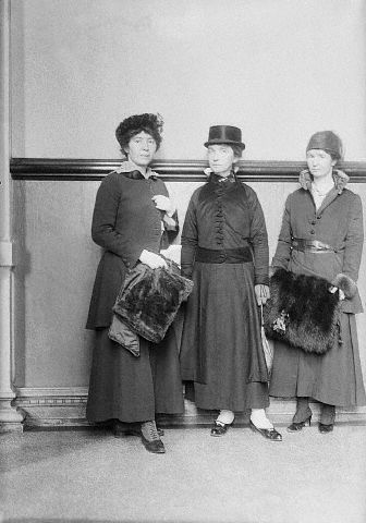 "Mrs. Rose Pastor Stokes, Mrs. Margaret Sanger and Ethel Byrne, Mrs. Sanger's sister, in court. Mrs. Sanger is on trial for sending her book ""The Woman Rebel"" through the mail. via Jacqui Brennan."