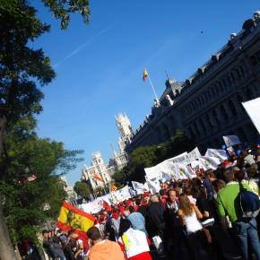 Thousands Protest Spain's Plan to Restrict Abortion