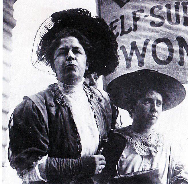 Harriot Stanton Blatch, on the left, with Rose Schneiderman