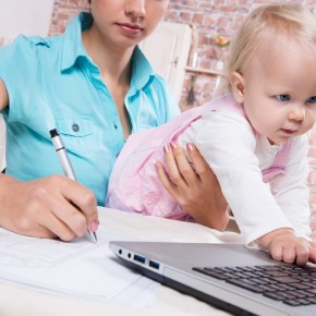 """Flexible Work Requests Produce """"Fatherhood Bonus"""" and Motherhood Penalty"""