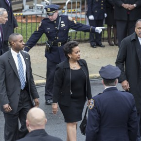 BREAKING: Loretta Lynch Takes Oath of Office