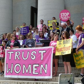 US Government Warns Southern States Against Defunding Planned Parenthood