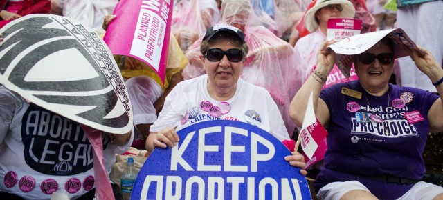 The Senate is Voting on Planned Parenthood Funding Today